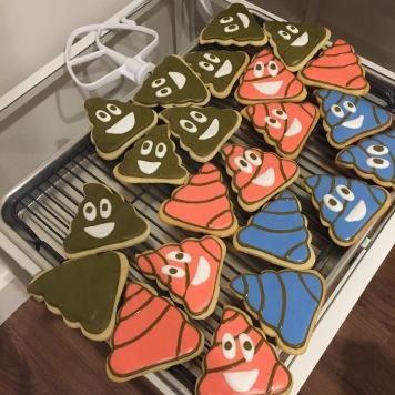 poop-emoji-sugar-coookies